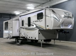 New 2017  Jayco Eagle HT 27.5RLTS by Jayco from TerryTown RV Superstore in Grand Rapids, MI