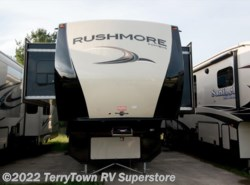 Used 2013  CrossRoads Rushmore 39JE by CrossRoads from TerryTown RV Superstore in Grand Rapids, MI