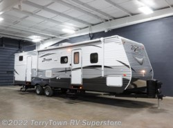 New 2017  CrossRoads Zinger ZT32SB by CrossRoads from TerryTown RV Superstore in Grand Rapids, MI