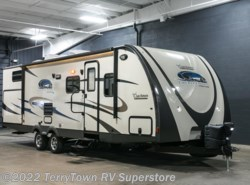 Used 2015  Coachmen Freedom Express 292BHDS by Coachmen from TerryTown RV Superstore in Grand Rapids, MI