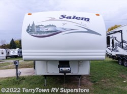 Used 2005  Forest River Salem 24RLS by Forest River from TerryTown RV Superstore in Grand Rapids, MI