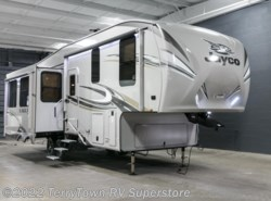 New 2017  Jayco Eagle 291RSTS by Jayco from TerryTown RV Superstore in Grand Rapids, MI