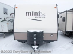 Used 2016  Forest River Rockwood Mini Lite 2304KS by Forest River from TerryTown RV Superstore in Grand Rapids, MI