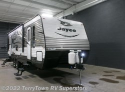 New 2017  Jayco Jay Flight 28RLS by Jayco from TerryTown RV Superstore in Grand Rapids, MI