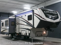 New 2017  CrossRoads Cruiser Aire 29SI by CrossRoads from TerryTown RV Superstore in Grand Rapids, MI