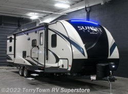 New 2017  CrossRoads Sunset Trail Super Lite 289QB by CrossRoads from TerryTown RV Superstore in Grand Rapids, MI