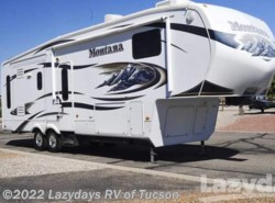 Used 2010  Keystone Montana 3075RL by Keystone from Lazydays in Tucson, AZ