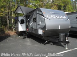New 2017  Coachmen Catalina 333BHTSCK Legacy Ed Bunkhouse Triple Slide by Coachmen from White Horse RV Center in Egg Harbor City, NJ