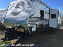 New 2017  CrossRoads Zinger 33BH by CrossRoads from Juniata Valley RV in Mifflintown, PA