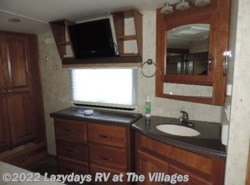 Used 2009  Keystone Montana Big Sky 340RLQ by Keystone from Alliance Coach in Wildwood, FL