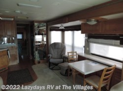 Used 2006  Safari Cheetah 40PLQ by Safari from Alliance Coach in Wildwood, FL