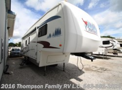 Used 2005  Forest River Cardinal 31LE by Forest River from Thompson Family RV LLC in Davenport, IA