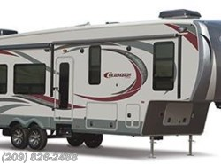 New 2016  Palomino Columbus 325RL by Palomino from www.RVToscano.com in Los Banos, CA