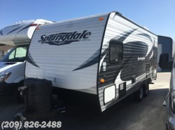 Used 2015  Keystone Springdale 179QBWE by Keystone from RVToscano.com in Los Banos, CA
