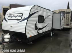 Used 2015  Pacific Coachworks Mighty Lite 20RLS by Pacific Coachworks from www.RVToscano.com in Los Banos, CA
