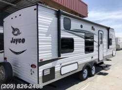 Used 2017 Jayco Jay Feather SLX 264BHW available in Los Banos, California