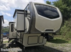 New 2018 Keystone Montana 3820FK available in Whitehall, West Virginia