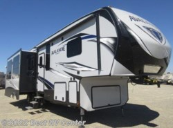 New 2017  Keystone Avalanche 320RS Only this unit! /6 POINT HYDRAULIC AUTO LEVE by Keystone from Best RV Center in Turlock, CA