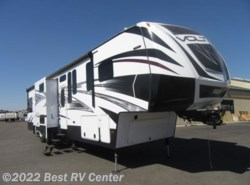 Used 2016  Dutchmen Voltage 3990 Ramp Door Patio Pkg/ Outdoor Entertainment by Dutchmen from Best RV Center in Turlock, CA