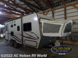 Used 2014 Jayco Jay Feather SLX 19XUD available in Shakopee, Minnesota