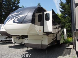 Used 2013  Forest River Cardinal 3800FL by Forest River from Sunset RV in Bonney Lake, WA