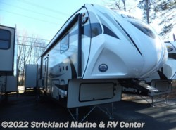 New 2016  Coachmen Chaparral 372QBH by Coachmen from Strickland Marine & RV Center in Seneca, SC