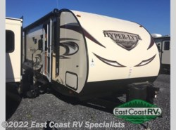 New 2017  Forest River Wildwood Heritage Glen Hyper-Lyte 29BH by Forest River from East Coast RV Specialists in Bedford, PA