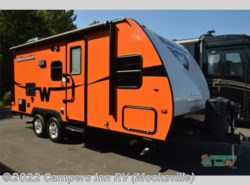 Used 2015  Winnebago Minnie 2101 DS by Winnebago from Campers Inn RV in Mocksville, NC