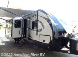 New 2017 Prime Time LaCrosse 335BHT available in Davis, California