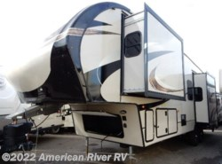 New 2017  Prime Time Crusader 319RKT by Prime Time from American River RV in Davis, CA