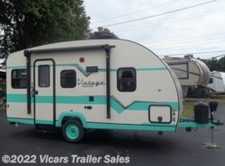 New 2017  Gulf Stream Vintage Cruiser 17RWD by Gulf Stream from Vicars Trailer Sales in Taylor, MI
