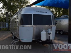 New 2017  Airstream Flying Cloud 25 by Airstream from Vogt Family Fun Center  in Fort Worth, TX
