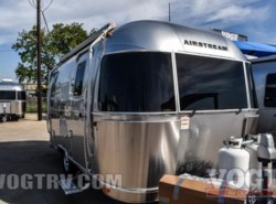 New 2017  Airstream Flying Cloud 19 by Airstream from Vogt Family Fun Center  in Fort Worth, TX