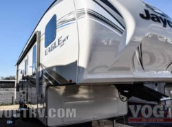 New 2017  Jayco Eagle HT Fifth Wheels 29.5BHOK by Jayco from Vogt Family Fun Center  in Fort Worth, TX