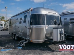 New 2018 Airstream Flying Cloud 25RB available in Fort Worth, Texas