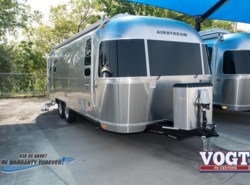 New 2018 Airstream International Signature 25FB available in Fort Worth, Texas