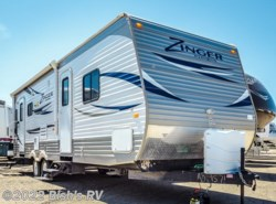 Used 2013  CrossRoads Zinger 27 RL by CrossRoads from Bish's RV Supercenter in Nampa, ID
