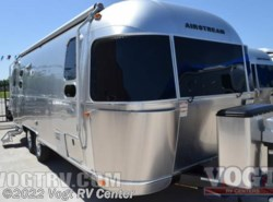 New 2017  Airstream Flying Cloud 25FB by Airstream from Vogt RV Center in Ft. Worth, TX