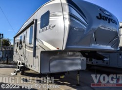 New 2017  Jayco Eagle HT Fifth Wheels 27.5RKDS by Jayco from Vogt RV Center in Ft. Worth, TX
