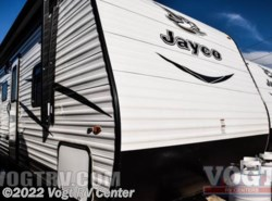 New 2017  Jayco Jay Flight 32TSBH by Jayco from Vogt RV Center in Ft. Worth, TX