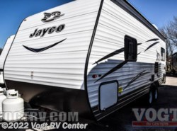 New 2017  Jayco Jay Flight SLX 212QBW by Jayco from Vogt RV Center in Ft. Worth, TX