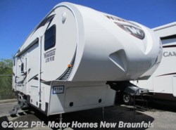 Used 2012  Winnebago Lite Five 28FWBHS by Winnebago from PPL Motor Homes in New Braunfels, TX
