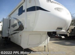 Used 2011  Keystone  Moutaineer 347THT by Keystone from PPL Motor Homes in New Braunfels, TX