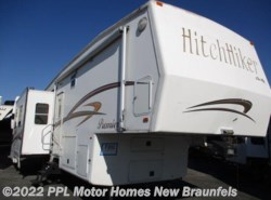 Used 2004  Nu-Wa Hitchhiker Premier 33LKTG by Nu-Wa from PPL Motor Homes in New Braunfels, TX