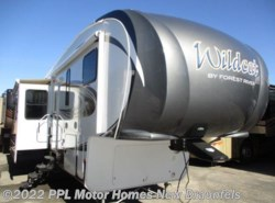 Used 2015  Forest River Wildcat eXtraLite 295RSX by Forest River from PPL Motor Homes in New Braunfels, TX