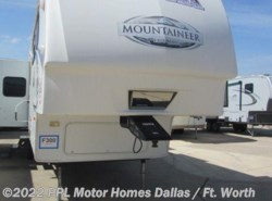 Used 2009  Keystone Montana 324RLQ by Keystone from PPL Motor Homes in Cleburne, TX