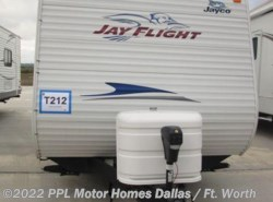 Used 2011  Jayco Jay Flight 22FB by Jayco from PPL Motor Homes in Cleburne, TX