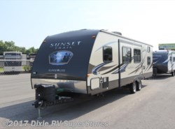 Used 2014  CrossRoads Sunset Trail 290QB by CrossRoads from Dixie RV SuperStores in Breaux Bridge, LA