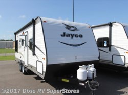 New 2017  Jayco Jay Flight SLX 212QBW by Jayco from Dixie RV SuperStores in Breaux Bridge, LA