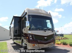 New 2017  Fleetwood Discovery 40E by Fleetwood from Dixie RV SuperStores in Breaux Bridge, LA